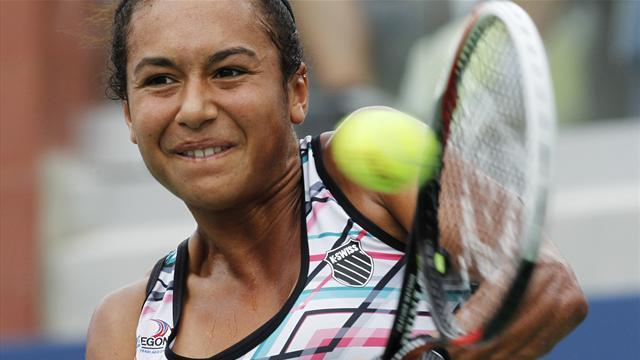 Watson continues Osaka run, Robson beaten
