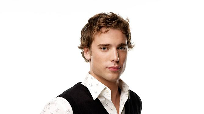 Dustin Milligan stars as Ethan Ward in 90210.
