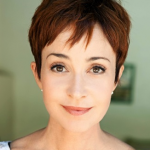 Annie Potts To Star In ABC Pilot 'Murder In Manhattan'