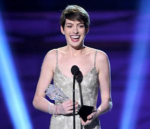 Anne Hathaway Slams Critics' Choice Movie Awards for Misspelling Her Name in Best Supporting Actress Acceptance Speech