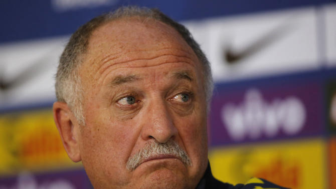 Scolari out of a job, without many supporters in Brazil