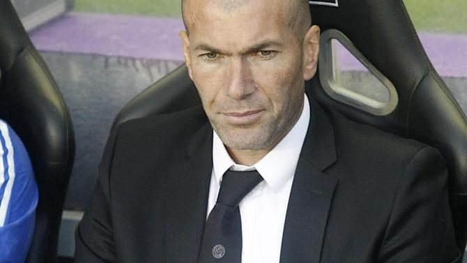 Liga - Zidane makes mystery man his first Madrid signing