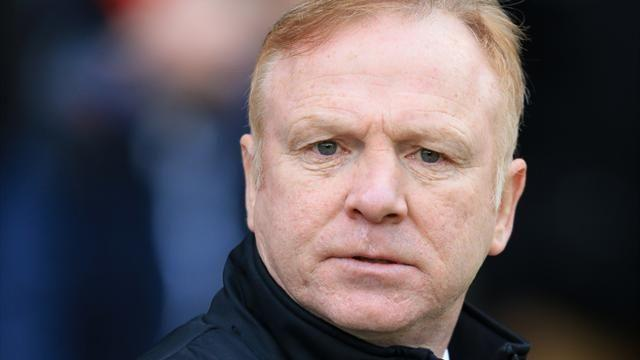 Premier League - McLeish confirms Palace interest