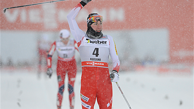 Cross-Country Skiing - Kowalczyk wins 10km classic to close on Tour de Ski title