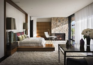 Jennifer Aniston Beverly Hills Home-bedroom