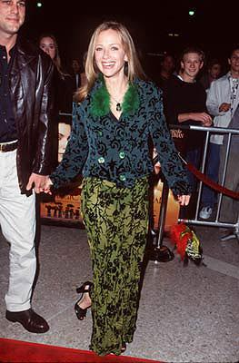 Lauren Holly at the Century City premiere of Warner Brothers' Practical Magic