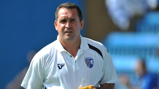 Gillingham manager Martin Allen is looking to bring in another striker