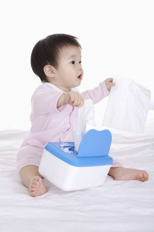 Baby wipes, not so gentle after all (Photo: Getty)