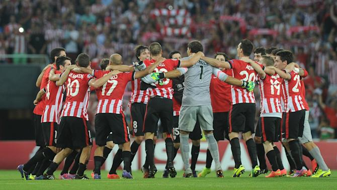 Champions League - Athletic Bilbao oust shambolic Napoli