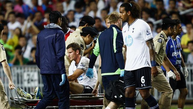 Premier League - Tottenham's Vertonghen to miss start of season