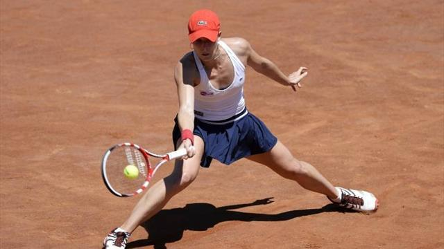 Tennis - Cornet to face Hradecka in Strasbourg International final