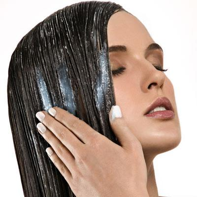 Condition Hair Yourself with a Glaze