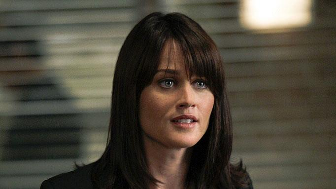 "Robin Tunney stars as Teresa Lisbon in ""The Mentalist."""