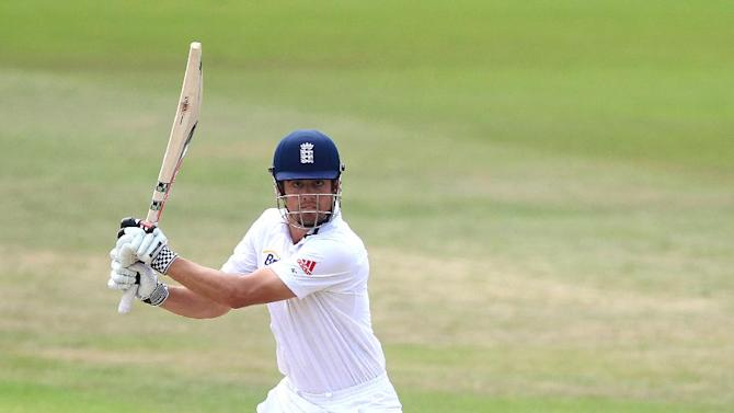Andy Flower wants more England players to follow Alastair Cook's, pictured, example