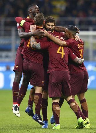Football Soccer - Inter Milan v AS Roma - Italian Serie A