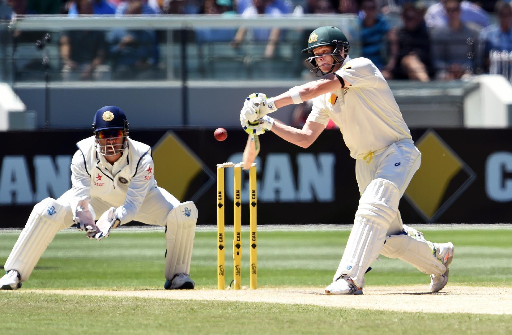 Smith fireworks leave India reeling in third Test