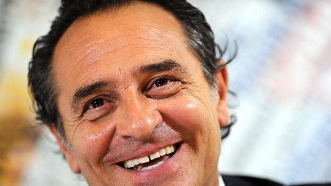 Italy Football Coach Cesare Prandelli Speaking  AFP PHOTO / GABRIEL BOUYSGABRIEL BOUYS/AFP/GettyImages AFP/Getty Images