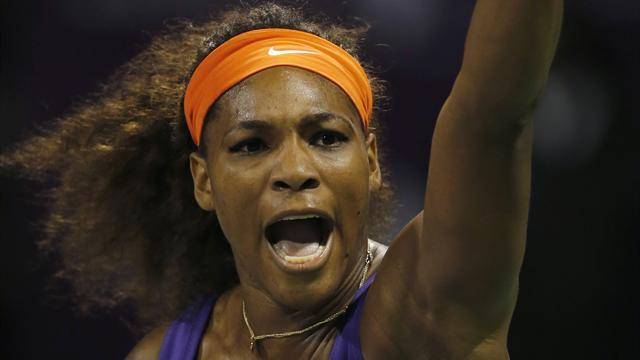 Tennis - Serena beats Sharapova to face Azarenka in Qatar final