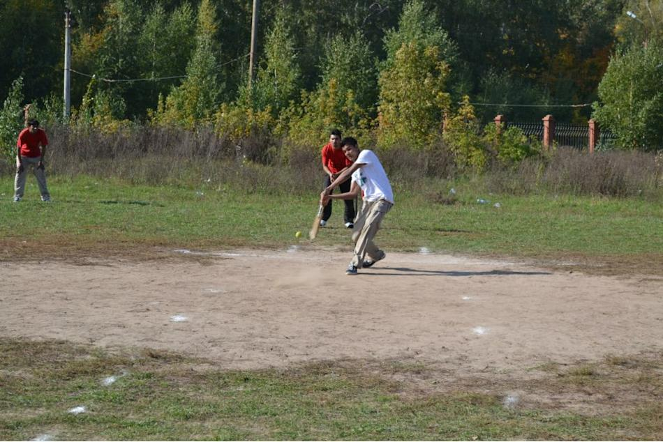 3 - Cricket in  Russia (Kazan) - Vinayak Mehetre - https://www.flickr.com/people/786512/