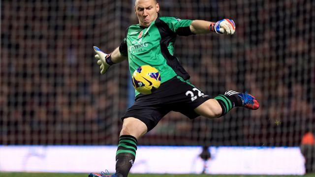 Premier League - Guzan signs new Villa deal
