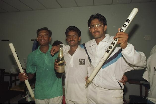 Chaqhuan Srinath and Anil Kumble of India