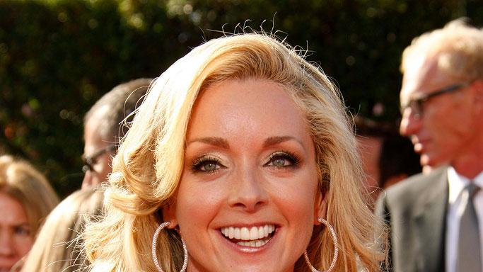 Jane Krakowski arrives at the 59th Annual Primetime Emmy Awards at the Shrine Auditorium on September 16, 2007 in Los Angeles, California.