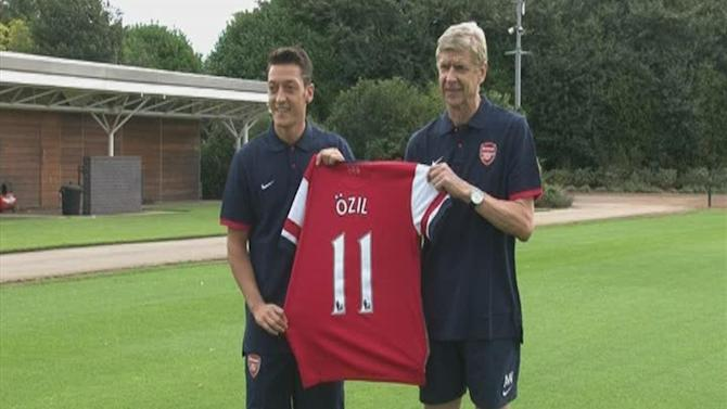 Premier League - Wenger could break Ozil £42.5m club record signing