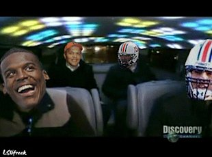 Gene Chizik, Cam Newton in the Cash Cab. (Click to see GIF)