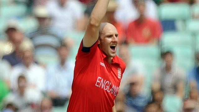 Cricket - Tredwell aims to stay on track