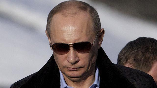 American Football - 'Vladimir Putin stole my Super Bowl ring'