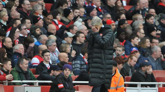 Football - Wenger: Defeat is unacceptable