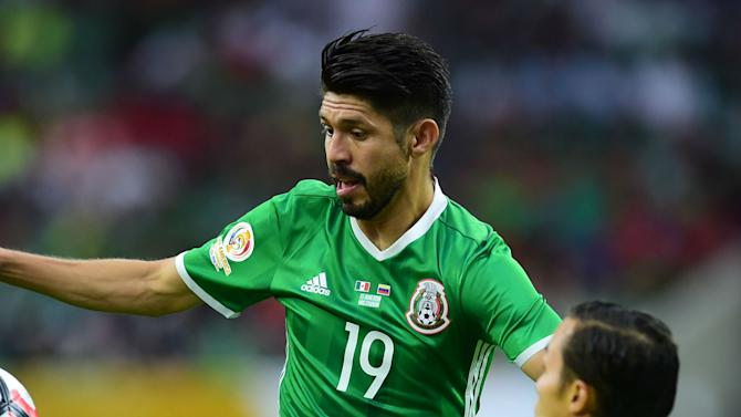 Can in-form Oribe Peralta lead Mexico to gold medal defense?