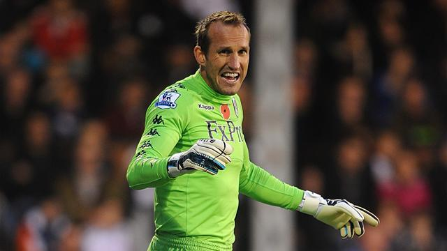Premier League - Chelsea sign 40-year-old keeper Schwarzer