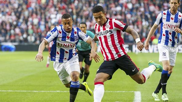 Manchester United trail behind Liverpool and Paris-Saint Germain in race for Memphis Depay