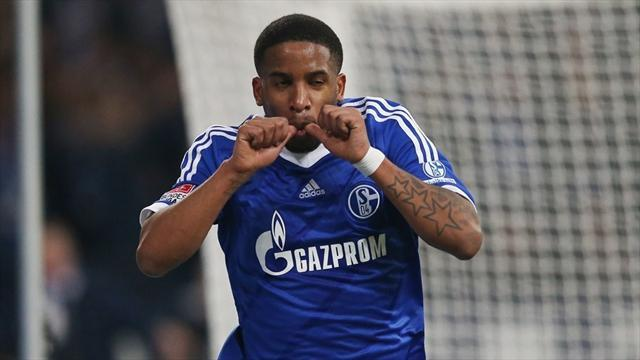 Bundesliga - Schalke's Farfan out for several weeks