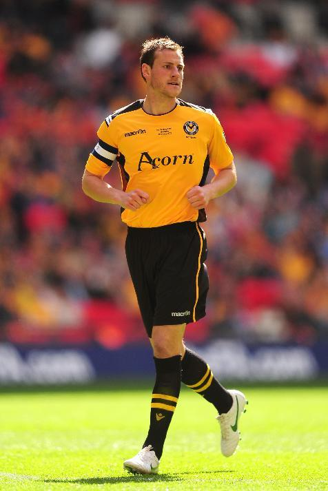 Gary Warren has joined Inverness from Newport County
