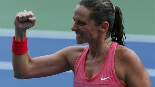 Tennis - Vinci wins epic to help Italy into 2-0 lead in Fed Cup final