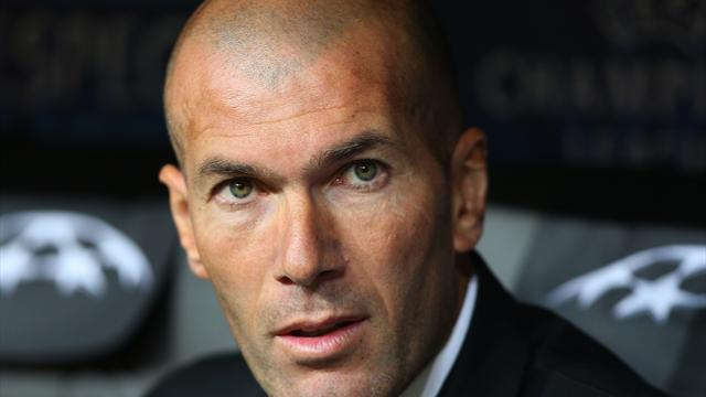 Ligue 1 - Bordeaux admit Zidane interest