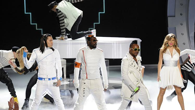 "The Black Eyed Peas perform ""Just Can't Get Enough"" on ""American Idol."""