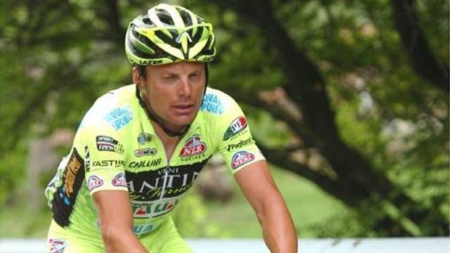 Giro d'Italia - Di Luca sacked by team after testing positive for EPO