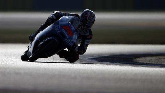 Motorcycling - Vinales claims Moto3 pole at Le Mans