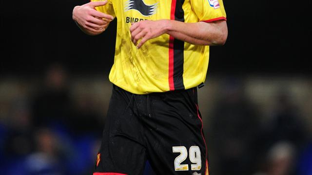 Football - Bees swoop for Thompson
