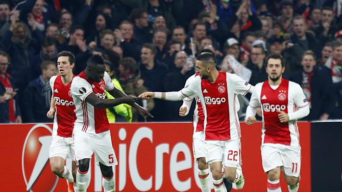 Football Soccer - Ajax Amsterdam v Legia Warszawa - UEFA Europa League Round of 32 Second Leg