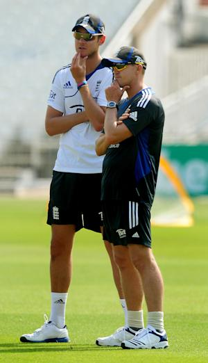 Andy Flower, right, defended Stuart Broad's, left, latest tweet