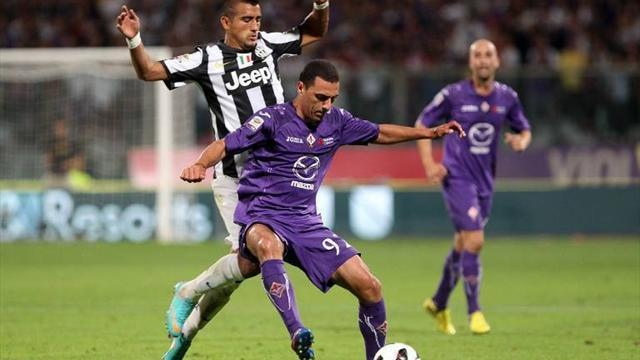 Serie A - Juventus ease past Fiorentina to go six points clear