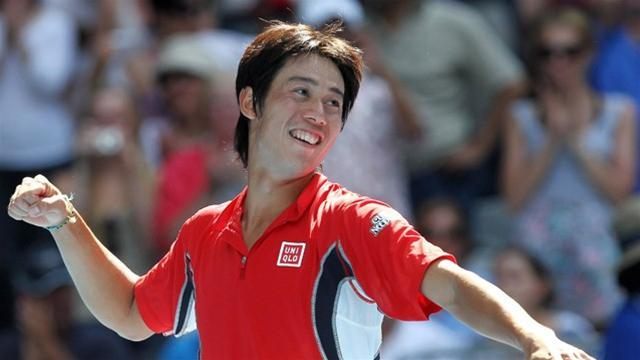 Tennis - Nishikori returns from injury to win in Barcelona