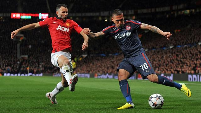 Champions League - Evergreen Giggs rolls back the years for United