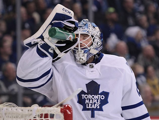 Following his gaffe Friday night, Jonathan Bernier stopped 44 shots in a win over Vancouver. (Photo: Getty Images)