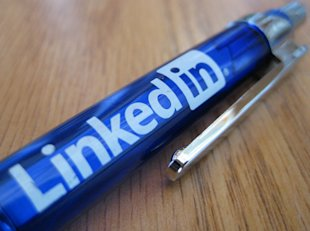 Making the Most of the LinkedIn Profile Format image linkedinpen
