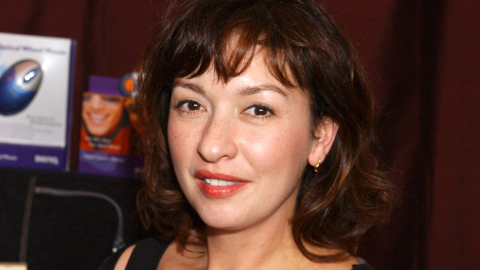 Elizabeth Pena, Co-Star of 'Jacob's Ladder' and 'La Bamba,' Dies at 55